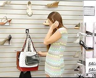 Daughter screwed in shoe store