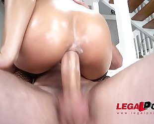 Holly hendrix receiving anal fucking by one as well as the other genders