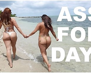 Bangbros - lalin girl lesbos spicy j & miss raquel's asstastic day at the beach