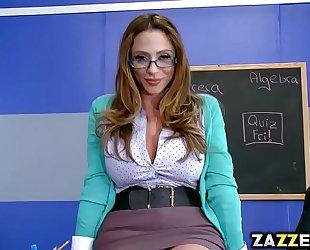 Ms ariella ferrera engulfing jessy jones thick penis