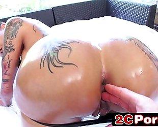 Big tattooed a-hole bella bellz engulfing hard schlong