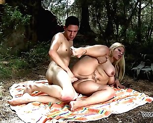 Busty mama take stepson to the nature where brutally fuck his large 10-Pounder