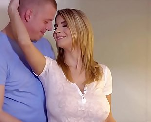 Big scoops stepmom katarina bonks a stranger - see greater amount on sexchat.tf