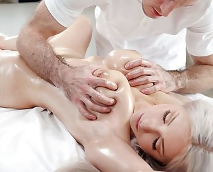 Young hottie with big saggy tits shagged during a massage